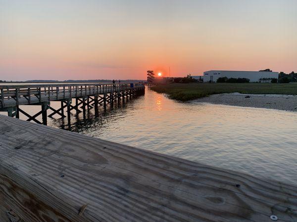 Walking to the sunset thumbnail