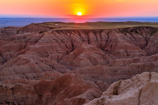 Sunset over the Badlands thumbnail