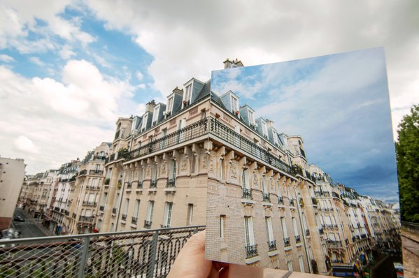 Apartment by abandoned railway in Paris, Mirror version thumbnail