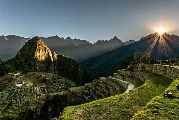 Amazing Sunrise over Machu Picchu thumbnail