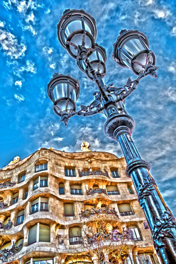 Beautiful Casa Battlo in Barcelona thumbnail