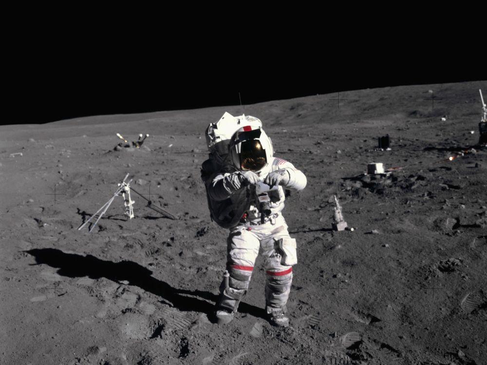 10_02_2014_man on the moon.jpg