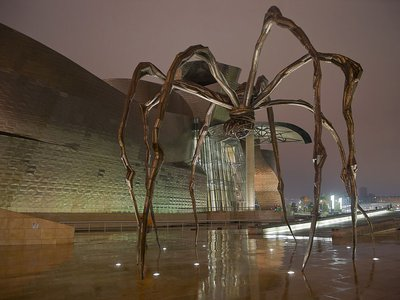 The spider sculpture Maman by Louise Bourgeois