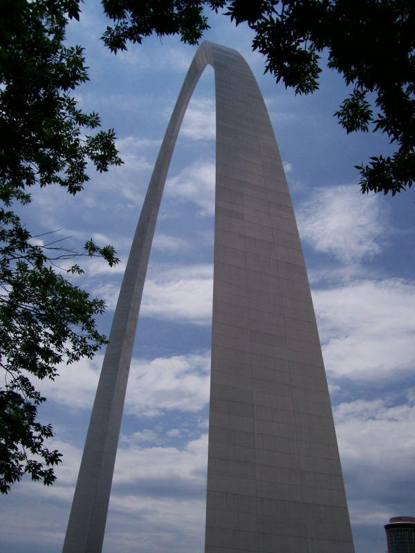 The Gateway Arch - St. Louis, MO thumbnail