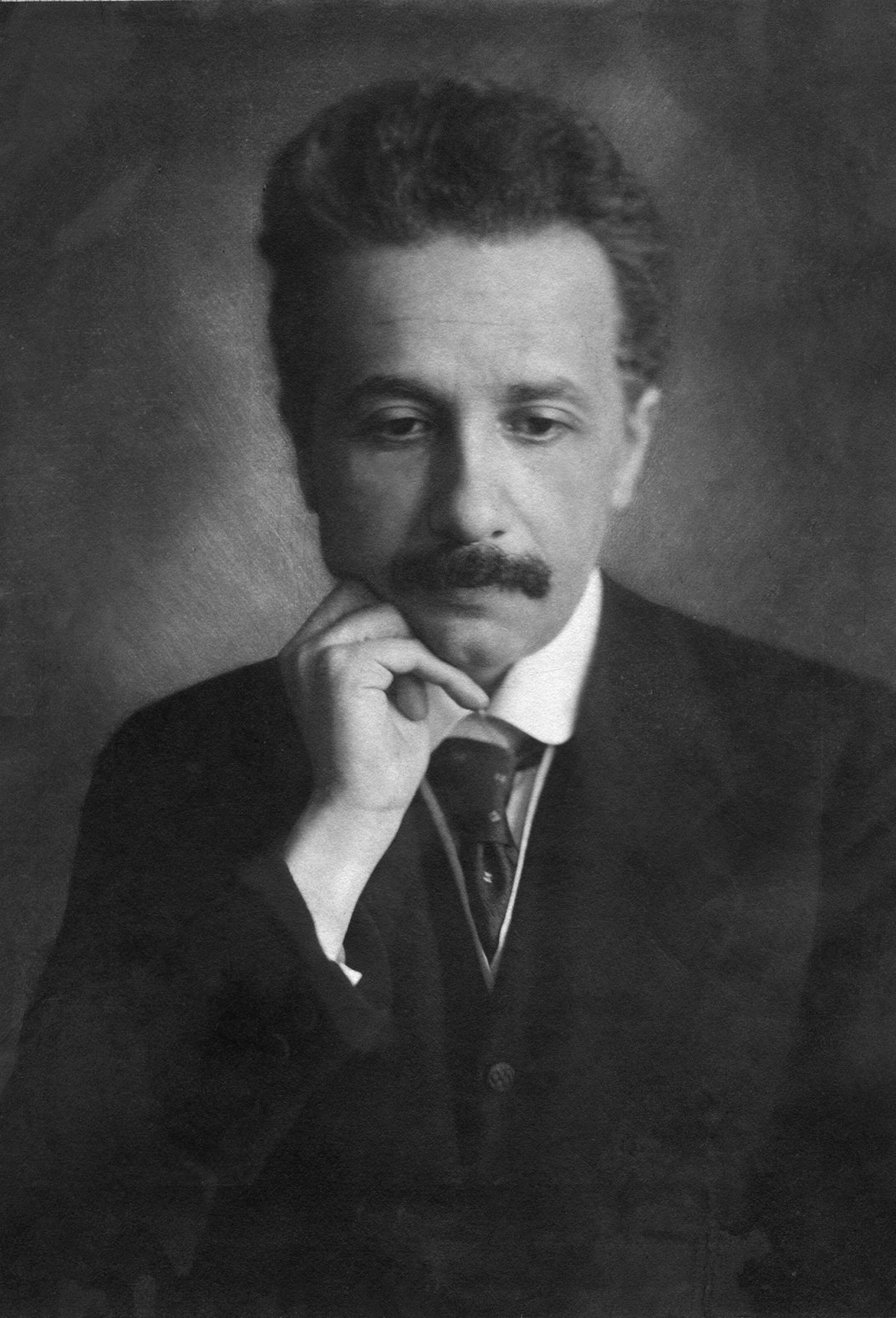 One Hundred Years Ago, Einstein's Theory of General Relativity Baffled the Press and the Public