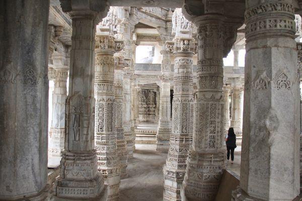 Ranakpur Jain Temple thumbnail