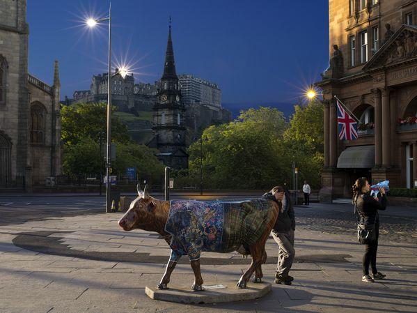 2014 Edimbourg, Princes Street, 9 juillet thumbnail