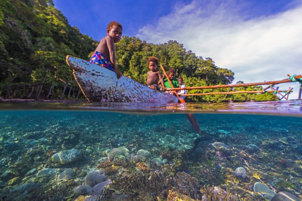 Children of Papua New Guinea thumbnail