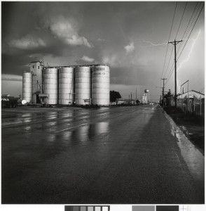 grain_elevator_lightning-flash-294x300.jpg