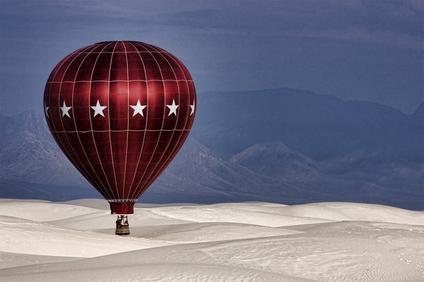Balloon over White Sands New Mexico thumbnail
