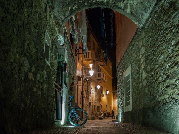 A night in Ventimiglia thumbnail