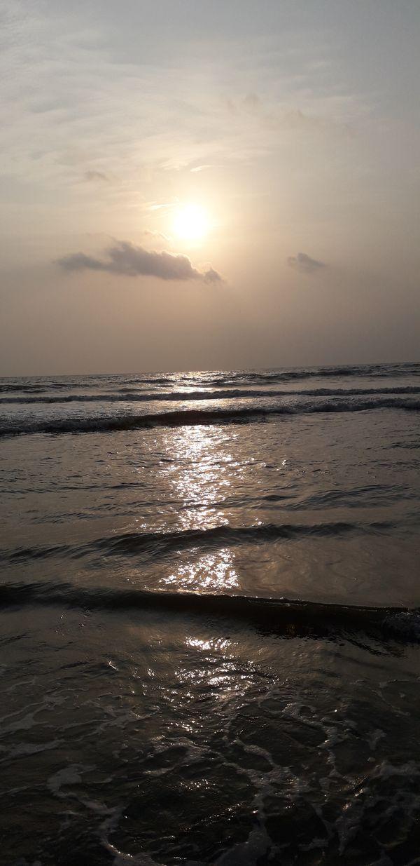Setting Sun and the Sea thumbnail