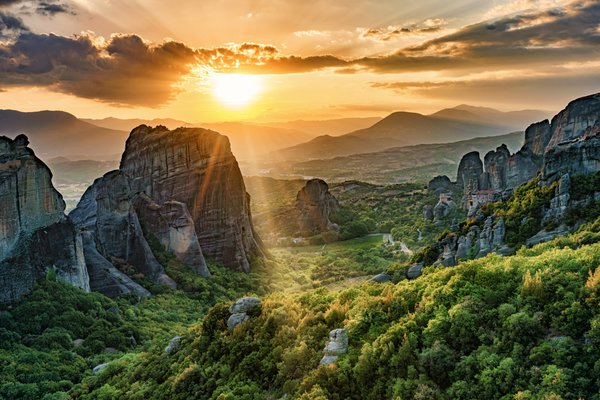 Meteora UNESCO World Heritage Site, Greece thumbnail