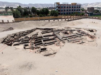 """The brewery """"may have been built specifically to supply the royal rituals that were taking place inside the funeral facilities of the kings of Egypt,"""" says lead archaeologist Matthew Adams."""