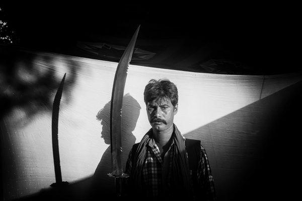 A man with a sword thumbnail