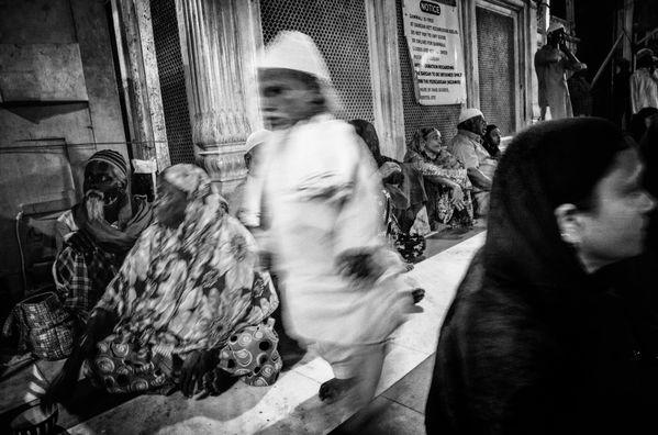 Hazrat Nizamuddin Aulia Dargah, Delhi, 2018.  thumbnail