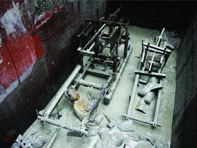 The burial chamber containing the model looms