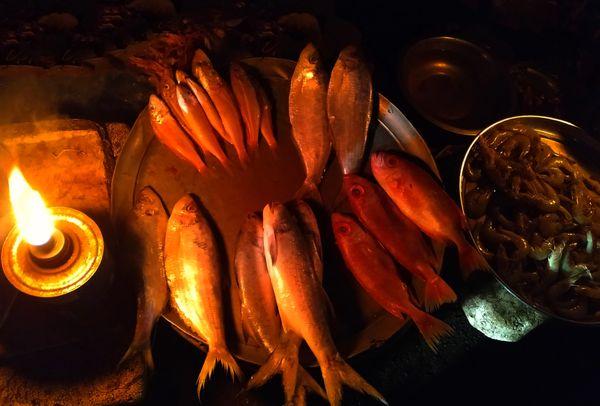 Evening Fish Market at Navsari City India thumbnail