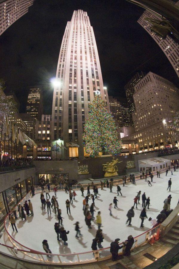 Ice skaters at Rockefeller Center thumbnail