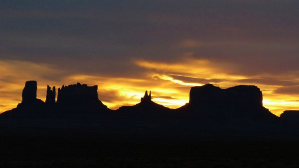 Monument Valley Sunset thumbnail