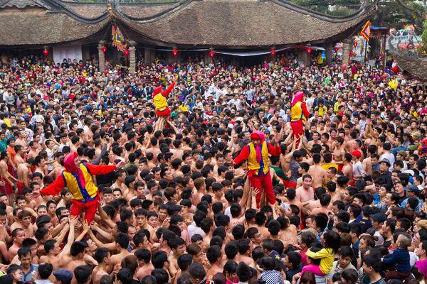 Xo Quan Dam festival thumbnail