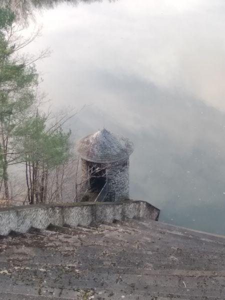 Maintenance tower at Urft (River) Water Reservoir thumbnail