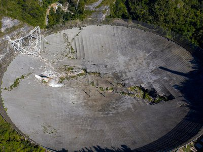 The telescope collapsed ahead of its scheduled demolition.