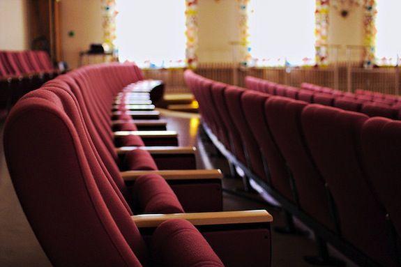 20120912081009movie-theater.jpg