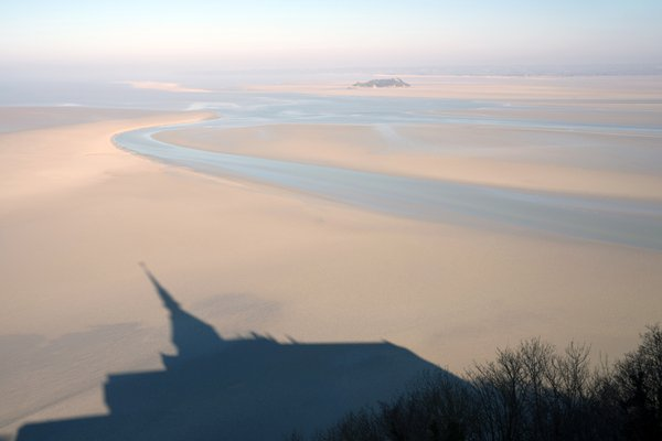 A shadow of Mont-Saint-Michel thumbnail