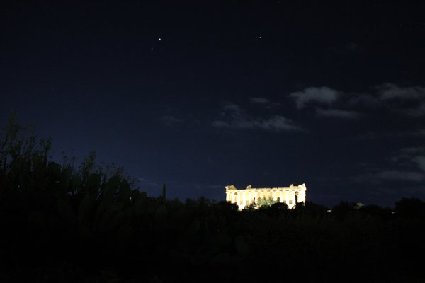 Concordia's temple by night thumbnail