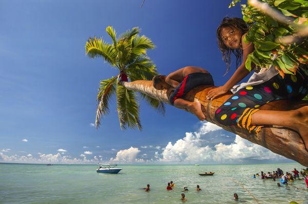 Coconut Game Park, Denawan Island, Semporna Sabah thumbnail