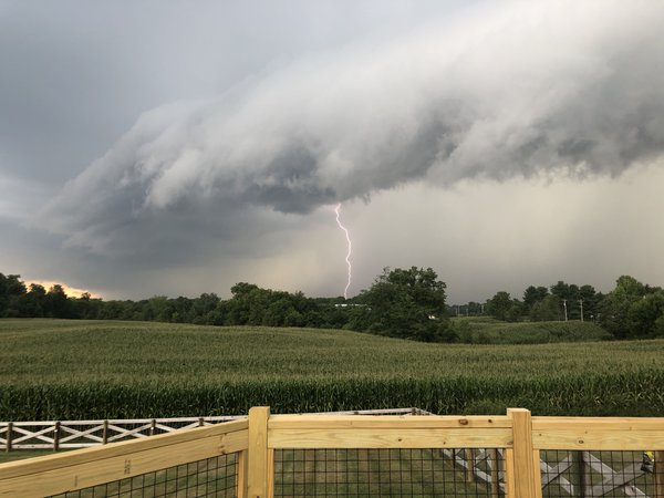 Storms rolling into Johnstown, Ohio thumbnail