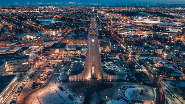 Reykjavik city at night thumbnail