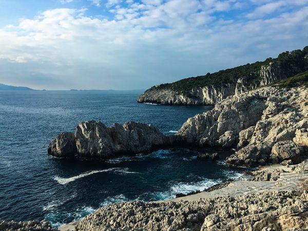 On the coast of Capri thumbnail