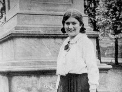 Renia Spiegel in Przemyśl circa 1930