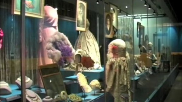 Preview thumbnail for The First Ladies' Dresses at the Smithsonian