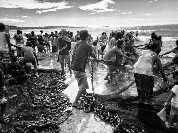 Fishermen of Currimao thumbnail