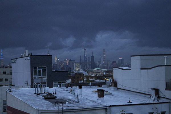 storm over manhattan thumbnail