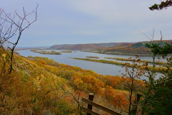 Two States, One River Valley an Autumn Story thumbnail