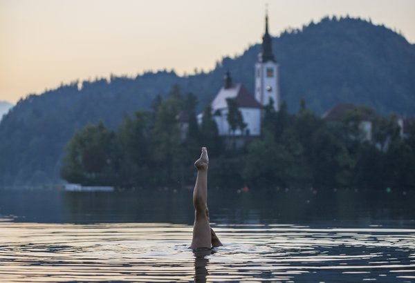 A Synchronised swimmer in Lake Bled thumbnail