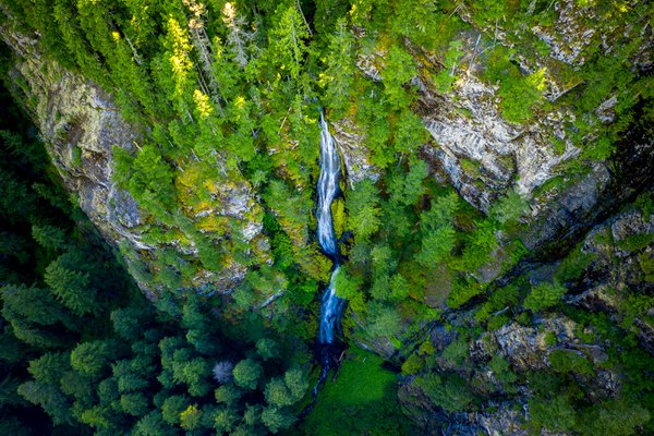 Skookum Falls Aerial thumbnail