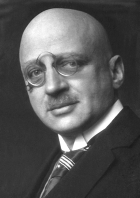 Fritz Haber's Experiments in Life and Death