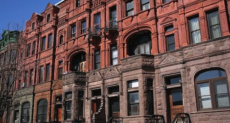 Despite a recent slump from the economic crisis, Harlem brownstones prices are on the rise again.