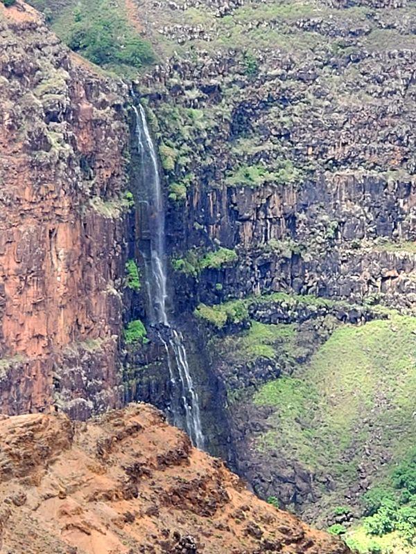 Falls in Kauai thumbnail