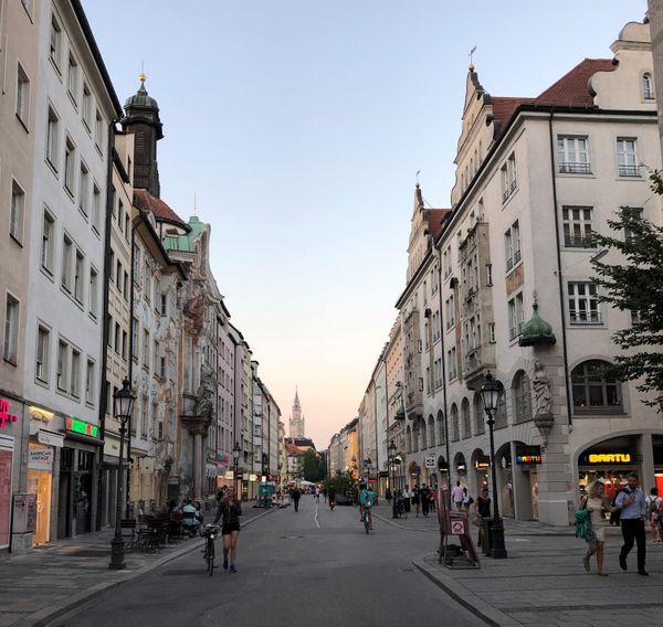 Walking during the sunset in Munich thumbnail