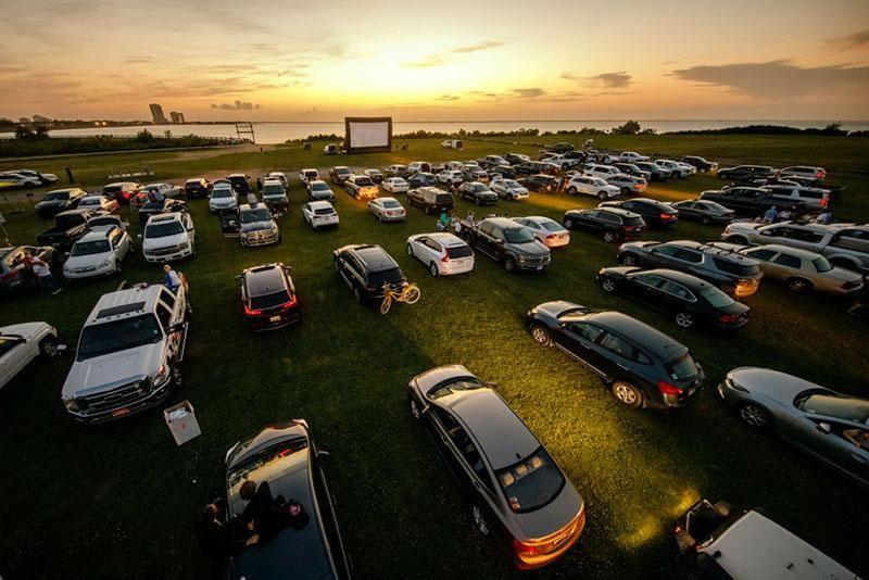 Drive-in Theater in Metairie, Louisiana.jpg