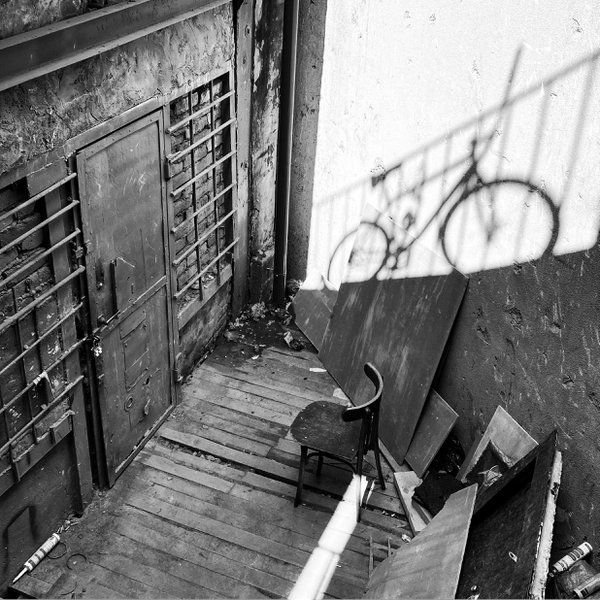 Black stairs thumbnail