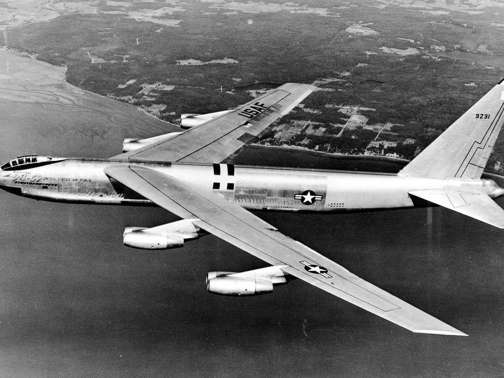 YB-52sideview.jpg