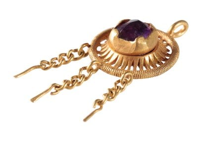 The amethyst-studded hatpin may have been owned by Edward IV or a high-ranking member of his court