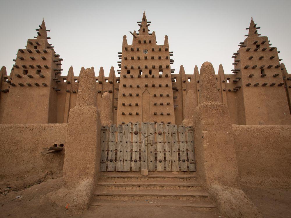 Mud-brick mosque in Djenné, Mali